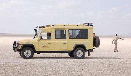 Land-Rover-Defender-Manyara