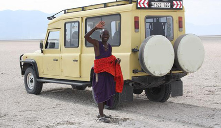 Land-Rover-Defender-Masai